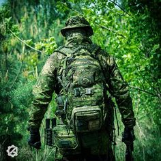 Entering the Green Zone! Check our Facebook page for more bigger photos! @specshop @ufprogear @helikontex @strongholdgroup_pl @pencottcamo #milsim #pencott #directaction #dragonegg #tactical #strongholdgroup #military #camo #camouflage #greenzone #msm #magpul #survival #hunter #airsoft #loadout #gear #gearporn #m4 #softair #worldairsoft #asg #airsoftdaily #airsofter #pew #poland #forest #woods