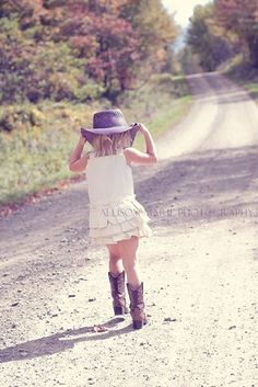 Country photoshoot posing model  dirt road child cowboy boots hat cowgirl summer photography upstate New York NY Cortland photographer Allison Marie photography