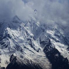 paraglider Horacio Llorens, Rakaposhi Mt.