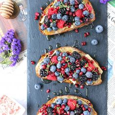 these 10-Minute Brie & Berry Toasts w/ Honey, Thyme, & Himalayan Pink Sea Salt are the perfect summer comfort food - seasonal and delicious!