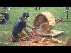 wooden bear in 5 minutes -- chainsaw carving -- - YouTube