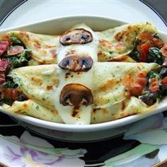 Spinach Mushroom Bacon and Tomato crepes- mine looked a little like this...