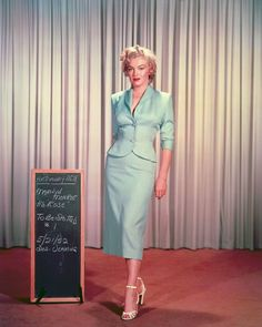 Everyone remembers Marilyn Monroe's billowing white dress from the Seven Year Itch , but the starlet first proved that the right outfit can ...