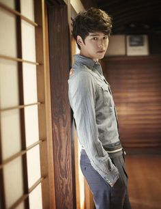 """Lee Jang Woo to perform on 'Music Core' with """"Words I Couldn't Bear To Say"""""""