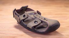Zapatos que crecen cumplen el sueño de 300 millones de niños descalzos