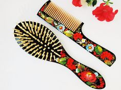 Wooden brush and comb set  Hand-carved by BloomingYourMind on Etsy