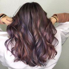 Agrega destellos de color con los productos de #UnicornHair #unicornparty #hairstyle #Hair #Fashion #limecrime
