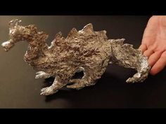 AMAZING DRAGON MADE BY HAND WITH ALLUMINIUM PAPER. A NEW KIND OF ART. - YouTube