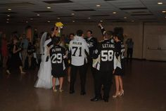Twitter fan Wanda Simpson celebrated a wedding in July, Pittsburgh Penguins style! #IsItOctoberYet