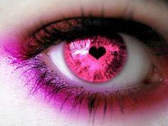 Al fin, un día, reuní el suficiente valor y miré a mi Alma. No había en sus Ojos reproche ni exigencia. Sus Ojos se limitaban a decir: «Te Quiero». Me quedé mirando fijamente durante largo tiempo... Y allí seguía el mismo mensaje: «Te Quiero». Y, al igual que Pedro cuando Jesús lo miró a los ojos, salí fuera y lloré. (Anthony De Mello)