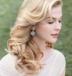 Brilliant Loose Curly Wedding Hairstyles