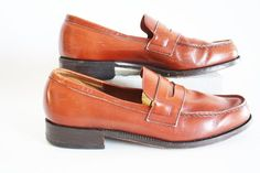Vintage Classic Brown Leather Loafers English Classic Barker of Earls Barton VTG Mens Blue Dress Shoes, Brown Leather Loafers, Reddish Brown, Loafers Men, Vintage Shops, Oxford Shoes, Shop My, Leather Label