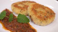 Mielone z ciecierzycy, przepis z programu: ABC GOTOWANIA 2, 1 puszka ciecierzycy 400 g  1 ząbek czosnku  garść melisy cytrynowej  garść świeżego oregano  16 czarnych oliwek  ½ łyżeczki mielonej kolendry  1 jajo  1 łyżka oliwy  2 łyżki soku z cytryny  2 łyżki bułki tartej  sól  pieprz Food Heaven, Mashed Potatoes, Gluten Free, Cooking, Ethnic Recipes, Whipped Potatoes, Glutenfree, Kitchen, Smash Potatoes