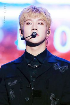 Quem se habilita a me dar o Jooheon de presente