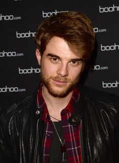 nathaniel-buzolic | ... photo nathaniel buzolic actor nathaniel buzolic attends the boohoo com