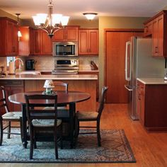 Love the cozy feel of this eat-in kitchen