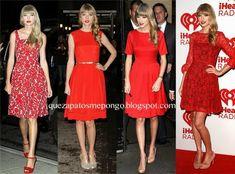 Vestido rojo corto con zapatos azules