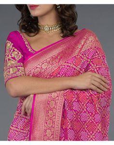 Fuscia Ombre Banarasi Zari Bandhej Saree ( With Two Blouses) Saree Blouse Neck Designs, Fancy Blouse Designs, Blouse Patterns, Pure Georgette Sarees, Indian Silk Sarees, Bandhani Dress, Saree Dress, Red Saree, Designer Dress For Men