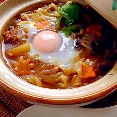 グツグツいってたのに、三つ葉を忘れ乗せて何枚か撮ってる内におさまっちゃった姫のリクエストで卵落とし 根菜を柔らかく出汁で煮といて甘口カレーでチビ〜ズ仕様♨ いつもより食欲が無くうどんだけちょい残ったよぉ 七味たっぷり入れてお味見煮込みカレーは美味しいな - 150件のもぐもぐ - Curry Noodle♨カレ〜うどぉん by Ami