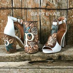 Western weddings are so much fun. This custom bouquet wrap and matching bride shoes are the ticket! Designs by ArteVae<br> Cowgirl Wedding, Wedding Shoes, Fall Wedding, Dream Wedding, Wedding Stuff, Wedding Dresses, Western Weddings, Cowboy Weddings, Barn Weddings