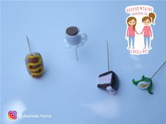 DEEMAK TWINS - Handmade by Lucy & Bel: Sewing Pins