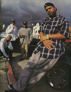 Ice Cube and The Westside Connection Estilo Gangster, Estilo Cholo, 90s Hip Hop, Hip Hop And R&b, Hip Hop Fashion, 90s Fashion, Westside Connection, Arte Do Hip Hop, Tupac Pictures