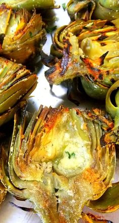 grilled artichokes with romano cheese and fresh garlic drizzled in olive oil can't wait for grilling season! is part of Grilled artichoke - Think Food, I Love Food, Good Food, Yummy Food, Tasty, Side Dish Recipes, Vegetable Recipes, Vegetarian Recipes, Veggie Food