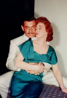 Susan Hayward Clark Gable Soldier of Fortune Classic Actresses, Classic Films, Beautiful Actresses, Actors & Actresses, Old Hollywood Movies, Classic Hollywood, Vintage Hollywood, Susan Hayward, Mitzi Gaynor