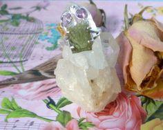 ☆ Sterlingsilberring mit Moldavit & Amethyst  ☆ von Cafe-bijoux auf DaWanda.com