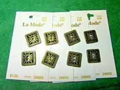 "(8) 3/4"" LaMODE SUN MOTIF ANTIQUE GOLD METAL 2-HOLE BUTTONS 4-CARD LOT(N673)"