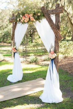 Decorated Wedding Arches Beautiful 25 Chic and Easy Rustic Wedding Arch Ideas for Diy Brides - Wedding Decor Wedding Arbors, Wedding Arch Rustic, Outdoor Wedding Decorations, Wedding Centerpieces, Wedding Bouquets, Outdoor Wedding Arches, Wedding Arrangements, Outdoor Ceremony, Beach Wedding Arches