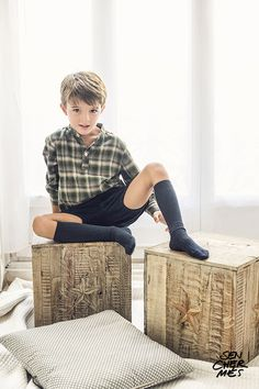 Pin by on Work Sources Cute 13 Year Old Boys, Young Cute Boys, Cute Kids Fashion, Boy Fashion, Beautiful Boys, Pretty Boys, Cute Blonde Boys, Trendy Boy Outfits, Beauty Of Boys