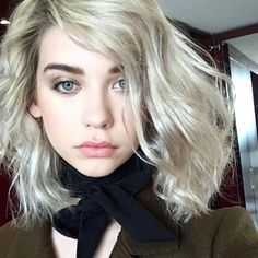 Amanda Steele in True Match Lumi Cushion foundation and Pro Matte Gloss in Statement Nude.