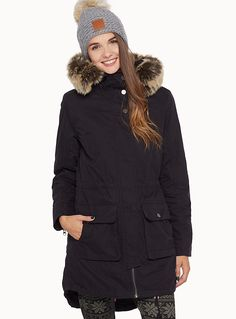 M Exclusively from Twik     Both lightweight and warm, this coat boasts a 2-in-1 design that we love!   Removable quilted lining with buttons   Faux-fur trim on the hood   Adjustable inner drawstring waist   Buttoned flap pockets in front   Asymmetric high-low hem    The model is wearing size small
