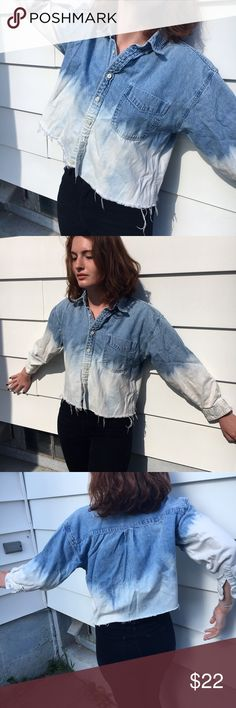 SALE ! Vintage Gap ❄️ Ombré Denim Shirt Cropped 90s Gap ombré denim button down, raw-hemmed and hand-bleach-dipped by one of my best friends ☄ Size youth XL, fits like a women's S. Super high-quality thick denim. Looks incredible with black high-waisted jeans and chunky heels, or worn unbuttoned over a sleek black dress 🌹 GAP Tops Button Down Shirts