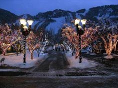 Winter on the Mall in Aspen