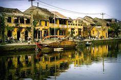 Việt Nam là một trong những đất nước rất coi trọng nền văn hóa truyền thống. Ngay cả trong kiến trúc nhà ở cũng mang hơi hướng cổ đại. Những mẫu kiến trúc phương đông cổ đại chưa bao giờ hết hot luôn nhận được sự yêu thích của mọi người. Đâu đó quanh cuộc …