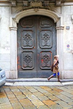 milan, italy #streetstyle #architecture l wantering.com