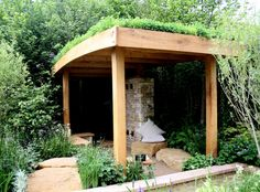 I like the slight curve of the roof, which presumably provides drainage. www.jillandersonblog.co.uk