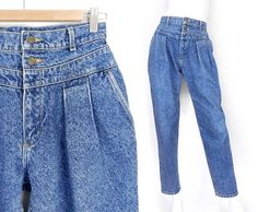 Sz 8 - High Waisted Acid Wash Pleated Mom Jeans -Vintage 80s 90s Women's Lee Jeans