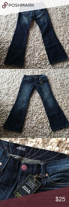 New Rock & Republic jeans Reposhing because I didn't check the inseam!  Very nice jeans just too short for me.  Inseam 30 1/2 Rock & Republic Jeans Boot Cut