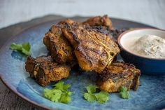 Check out this delicious recipe for Curried Lamb Chops with Yoghurt Sauce from Weber—the world's number one authority in grilling. Weber Recipes, Lamb Recipes, Sauce Recipes, Meat Recipes, Indian Food Recipes, Cooking Recipes, Lamb Loin Chops, Glass Baking Dish, Chops Recipe