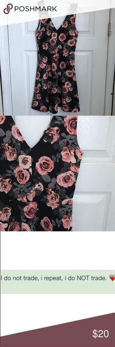 Floral dress Great condition! Forever 21 Dresses