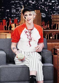 """Kristen Stewart at The Tonight Show with Jimmy Fallon - "" Kristen Stewart Bikini, Kristen Stewart Gif, Tokyo Ghoul Kaneki Mask, Jeff Buckley, Jimmy Fallon, Beautiful People, Sexy Women, Hollywood, Celebs"