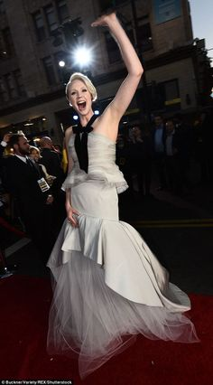 Gwendoline Christie Stormed the Star Wars Premiere Red Carpet Mark Hamill Carrie Fisher, Gwendolyn Christie, Tall Women Fashion, Female Villains, Star Wars Cast, Star Track, White Gowns, Celebs, Celebrities