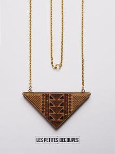 Les Petites Découpes // collier en bois // wood necklace