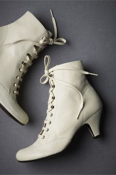 Bride Collections Lace-up White Wedding Boots Chunky Heel Women ...