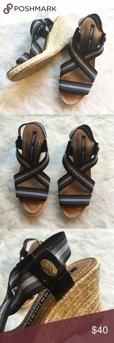 ⚜ Libby Edelman Wedge Sandals Perfect condition! Versatile wedges with black/gray striped crossing elastic front and patent leather detail. Wedge had gold metallic detail woven in heel.  Happy Poshing! (x trade) Libby Edelman Shoes Wedges