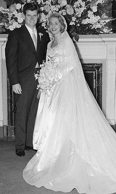 Joan Bennett and Ted Kennedy married in 1958 and divorced in 1982.
