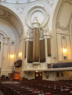 One of the highlights of a visit to the U. Naval Academy is a chance to see the inside of the Naval Chapel. Not only are there some imp. Naval Academy, Buckingham Palace, Maryland, Highlights, Instruments, Cases, Architecture, Photography, Arquitetura